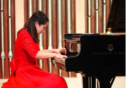 钢琴艺考老师-谢瑶