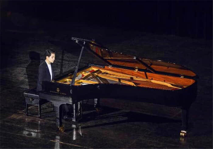 钢琴艺考弹错怎么办?能得多少分?如何预防?